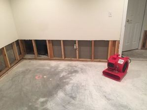Mold Removal & Water Damage Restoration from Flooded Basement in Oxford, CT (1)