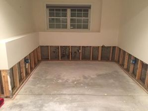 Mold Removal & Water Damage Restoration from Flooded Basement in Oxford, CT (8)