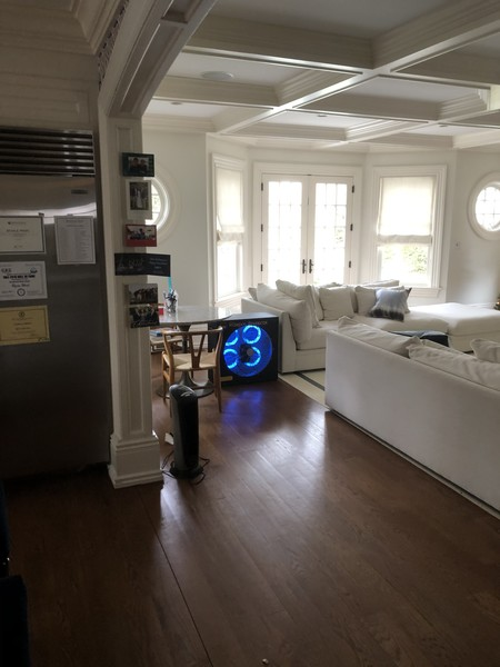 Emergency Odor Removal in Old Greenwich, CT (3)