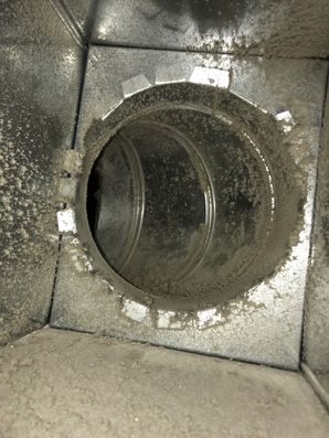 Air Duct Cleaning Sandy Hook CT (4)