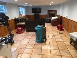 Water Damage Drying and Mold Prevention in New Canaan, CT (1)