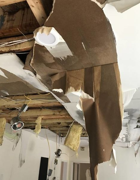 New Milford, CT Pipe Burst causing Ceiling Damage (1)